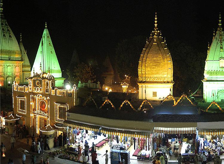 Ragunath-temple-in-Jammu