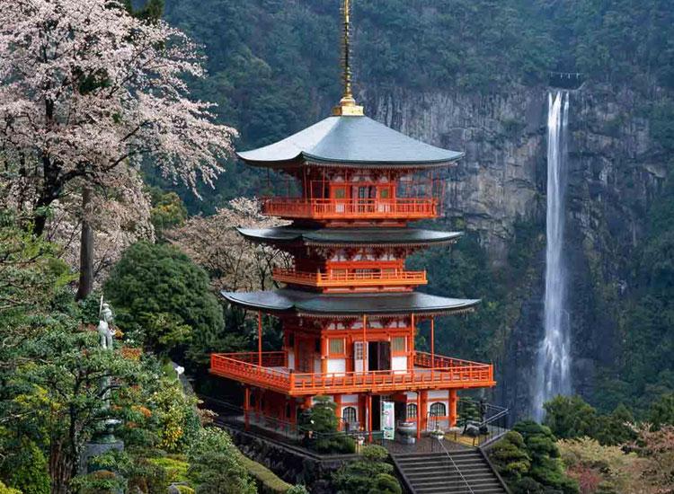 Kumano-Ancient-Trail-Japan-1