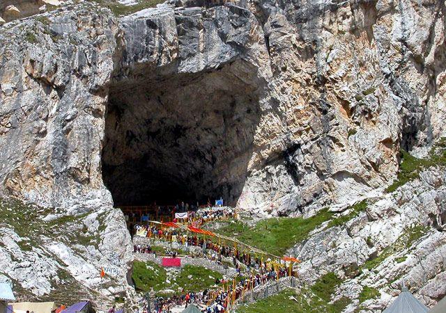 Amarnath-Cave--Kashmir