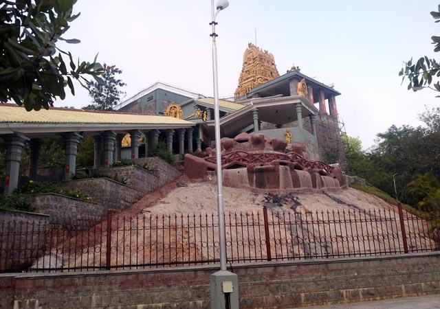 Chennimalai-Muruga-Temple