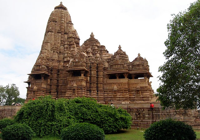 Kandariya-Mahadeva-Temple-Madhya-Pradesh